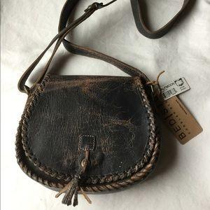 BED STU Halfmoon Leather CROSSBODY Shldr Black Lux